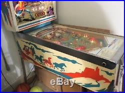 1975 Fast Draw Pinball Machine