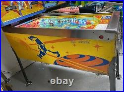 1979 Bally Original Star Trek Pinball Machine Kirk Mccoy Uhura Spock Leds