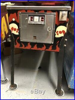 1979 Williams Gorgar Pinball Machine Nice Leds First Talking Pinball Machine