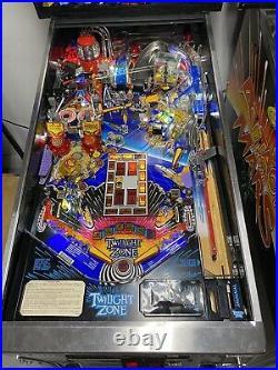 1993 Twilight Zone Pinball Machine Leds Pat Lawlor Stunning