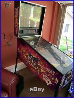 2001 Stern High Roller Casino Pinball Machine