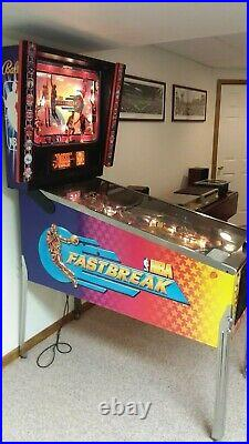 Bally's NBA Fastbreak Pinball Machine with Marquee Kit Excellent Condition