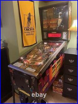 Big Hurt Pinball Machine Gottlieb A nice working Frank Thomas pinball machine