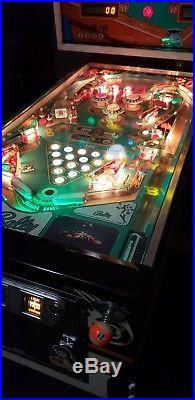 Eight ball pinball machine, All New Boards and Leds Great Price