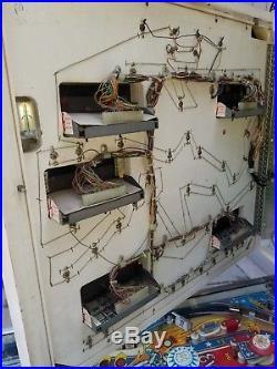 Evel knievel Pinball Machine Shopped working Nice! Will ship