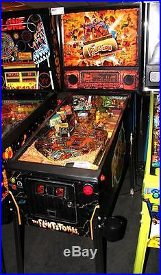 FLINTSTONES Pinball Machine Williams 1994 Pinball with a Boulder Approach