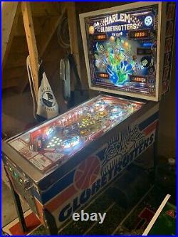 Fully Restored 1979 BALLY HARLEM GLOBETROTTERS PINBALL MACHINE