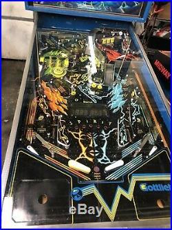 Gottlieb 1982 Spirit Pinball Machine Restored and super rare