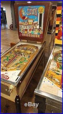 Gottlieb Flipper Clown Pinball Machine