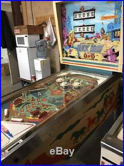 Gottlieb Quick Draw EM Pinball Machine, Working