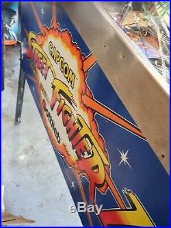 Gottlieb streetfighter 2 pinball machine