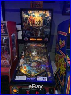 Hook Pinball Machine 90s Robin Williams Movie Peter Pan