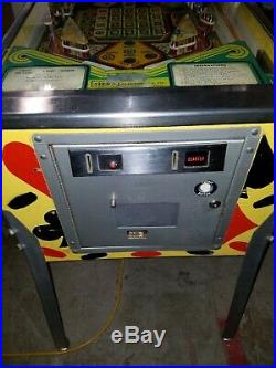 Hot Hand Pinball machine By STERN