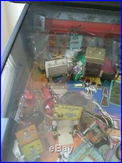 Monopoly pinball machine 2001 by Sterns clean very nice in home