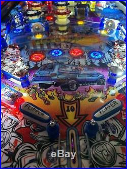 P. B. R. Pabst Can Crusher Pinball Machine (Pabst Blue Ribbon) SUPER RARE