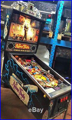 Pinball BALLY The Addams Family 1992 Flipper Full Original Never Restorer 100%
