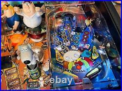Pinball STERN Family Guy 2007 Flipper + Manual + Original Glass/Never Restorer