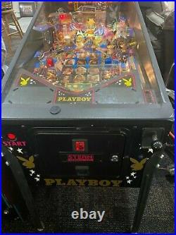 Pinball machine stern playboy great condition