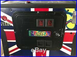 Pinball machine used Stern Pinball Austin Powers Very Good Condition
