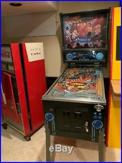 ROCK ENCORE pinball machine by Gottlieb, c. 1985RARE 1/1875 madevery good cond