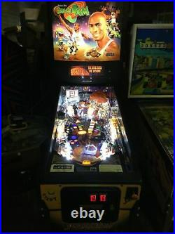 Sega Space Jam MICHAEL JORDAN Pinball Machine Works Great! LEDs A Blast to