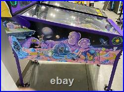 Spooky Pinball Rick and Morty Blood Sucker Edition 58 PLAYS! Free Shipping