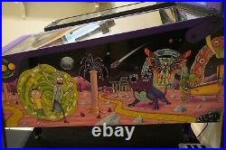 Spooky Pinball Rick and Morty Blood Sucker Edition Pinball Machine WITH TOPPER