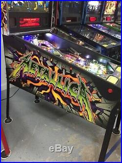 Stern METALLICA Pinball Machine AUTHORIZED STERN DISTRIBUTOR BEAUTIFUL LEDS