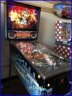 T2 Pinball Machine