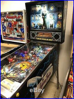 The Addams Family Pinball Machine Bally 1992