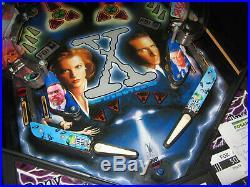 The X Files Arcade Pinball Machine by Sega 1997 (Custom LED)