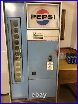 Vintage 1960's Working Vendorlator VF-90 Side Door Pepsi Machine