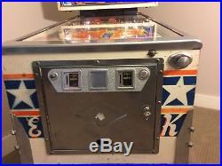 Vintage Bally Evel Knievel Pinball Machine in good working condition