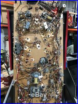 WALKING DEAD Pinball Machine BY STERN