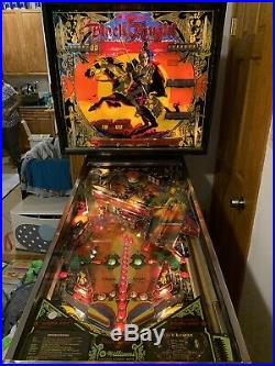 Williams BLACK KNIGHT 1980 Original Pinball Machine in GREAT Shape
