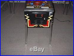 Williams BLACK KNIGHT 2000 Collector Classic Arcade Pinball Machine