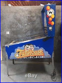 Williams Funhouse Pinball Machine Fun House